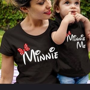Matching mommy and me t-shirts👩👧